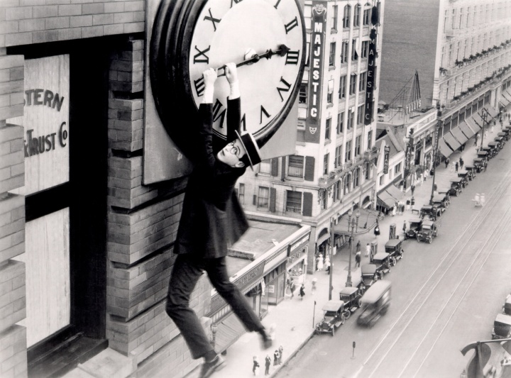 Harold Lloyd scales comic heights even Chaplin and Keaton didn't climb.