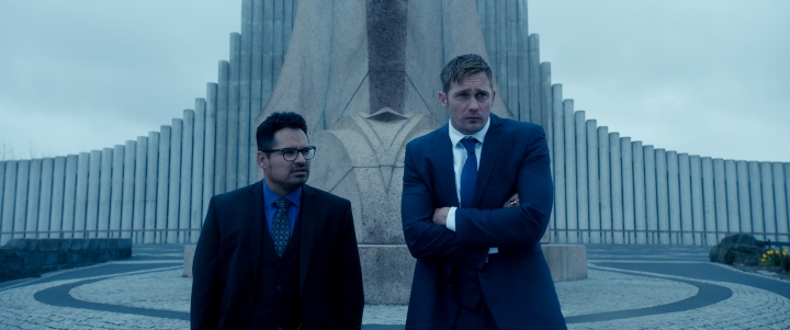 War On Iceland? Pena and Skarsgard fail to pack for their trip to Europe in War On Everyone (2016), still courtesy of Icon Films.