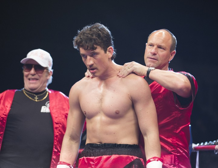 Aaron Eckhart is the boozy trainer who must prep underdog boxer Miles Teller to win big in 'Bleed For This' (2016). The film none the less avoids getting bogged down in cliche. Still courtesy of Icon Films.