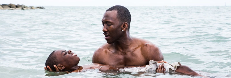 Still of the swimming scene in Moonlight