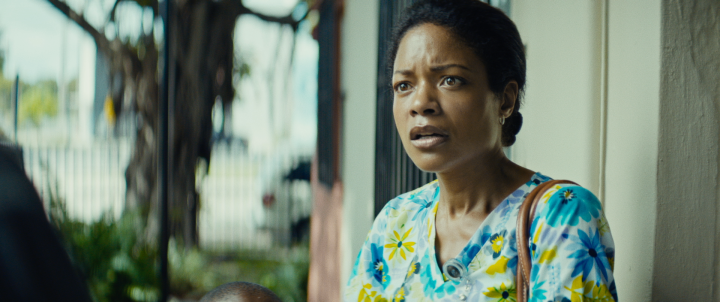 Still of Naomie Harris in Moonlight.