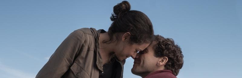 image still stronger film gyllenhaal maslany