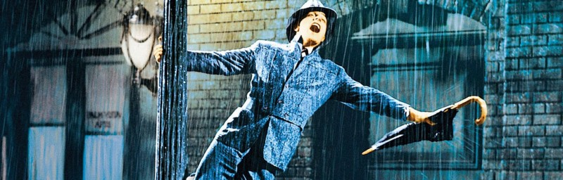 Image of Gene Kelly holding a lampost in the film Singin' in the Rain