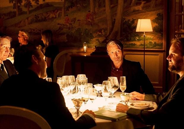 Another Round (2020) film, restaurant